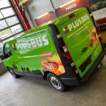 Bus wrap voor Plus supermarkt