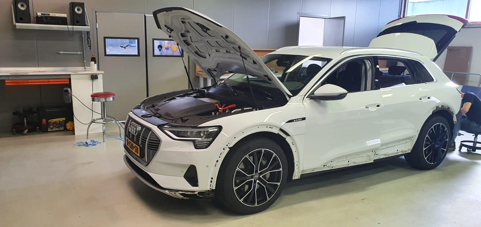 Autowrap Audi Etron
