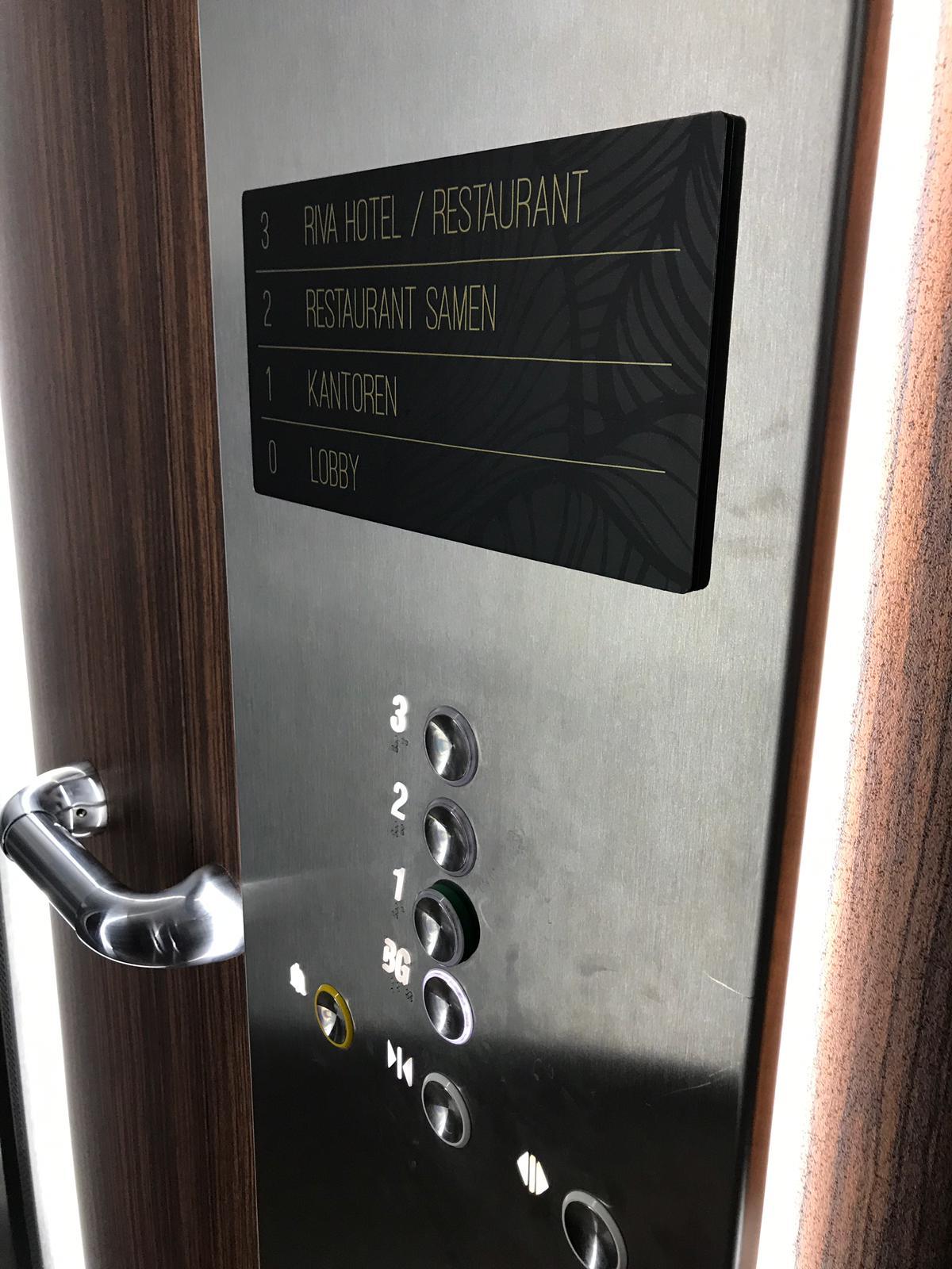 Riva hotel lift